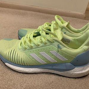 adidas fluorescence yellow sneaker, US7
